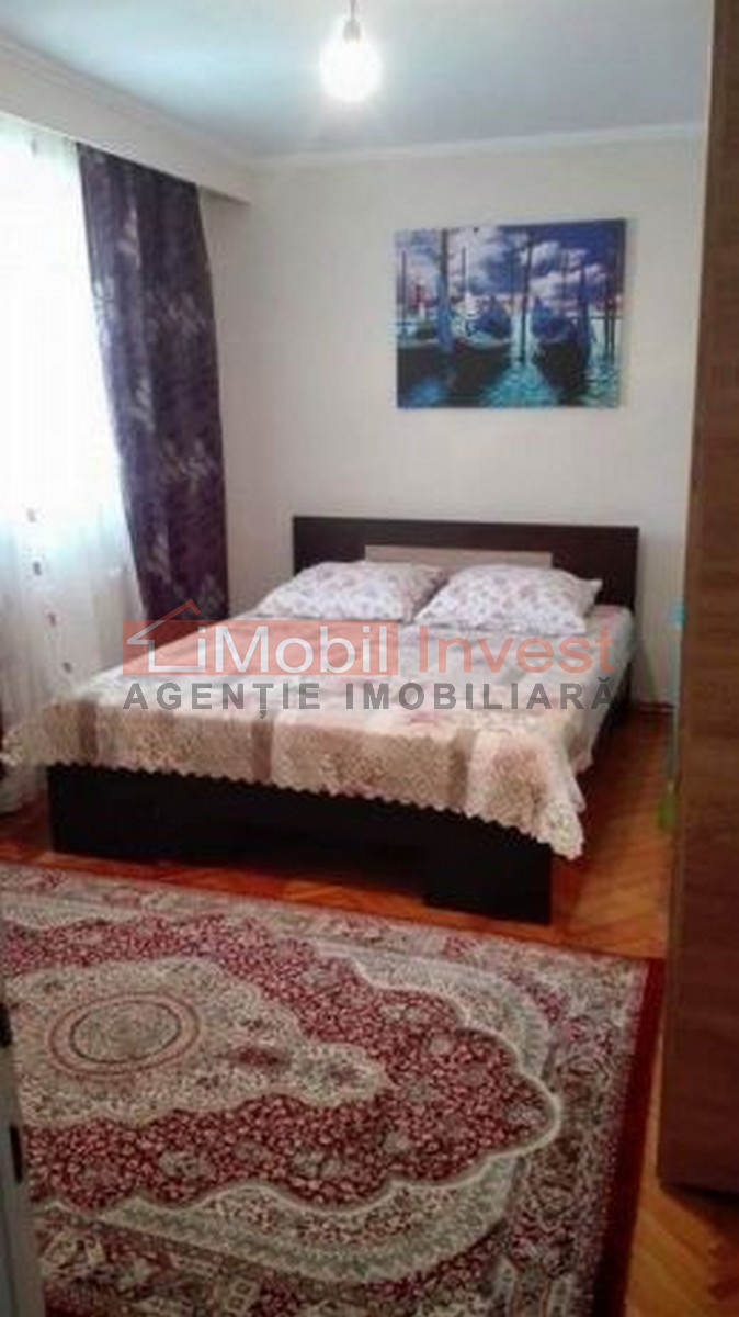 Apartament 3 camere, 92 MP, zona Cetate